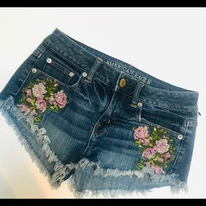 American Eagle 🦅 outfitters jean shorts size 00